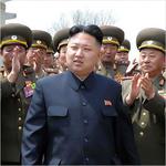 ミニ丈スカートにワキ見せも!「北朝鮮スッチーカレンダー」を入手公開