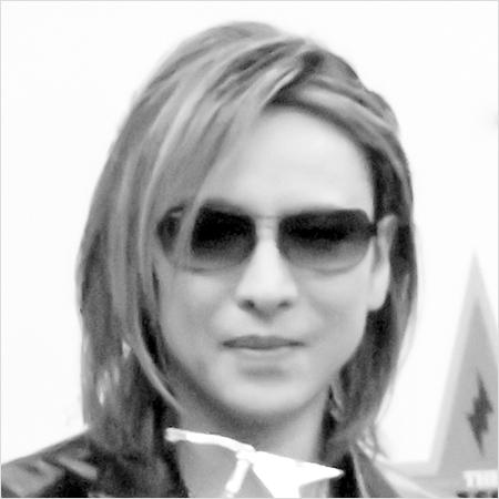 """X JAPAN分裂危機""でYOSHIKIとToshlをつなぐ映画に再び注目が"
