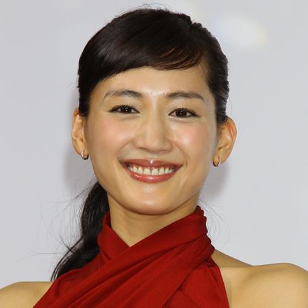 "TV美女「驚異の身体能力」(8)綾瀬はるかの""物凄い体力""がスタッフを圧倒"