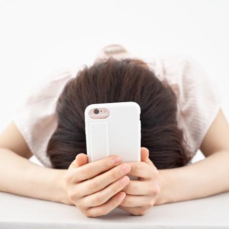"""携帯電話""""2年縛り""""消滅で「料金値上げ地獄」が利用者を襲う?"""