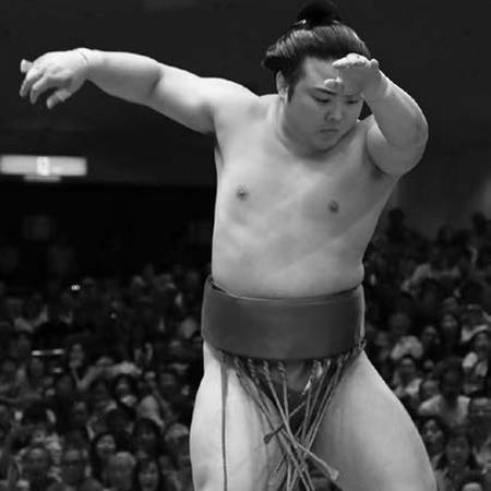 平幕の伏兵「朝乃山と炎鵬」が名古屋場所をかき回す(2)99キロの「ひねり王子」