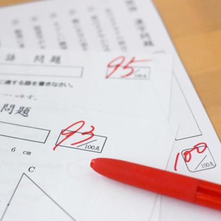 """元手タダ""""家ゴミ→お宝化""""計画(57)10万円の値が付いた「採点ペン」とは"""