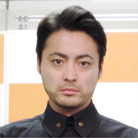 山田孝之、3人の美女と高級割烹で合コンが不発!の裏事情