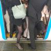 """カドを取る執念は「アタック25」並み!通勤電車の""""怒髪天シーン"""""""