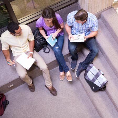 「キャンパス内どこで食べてもイートイン」大学内コンビニの掲示が物議